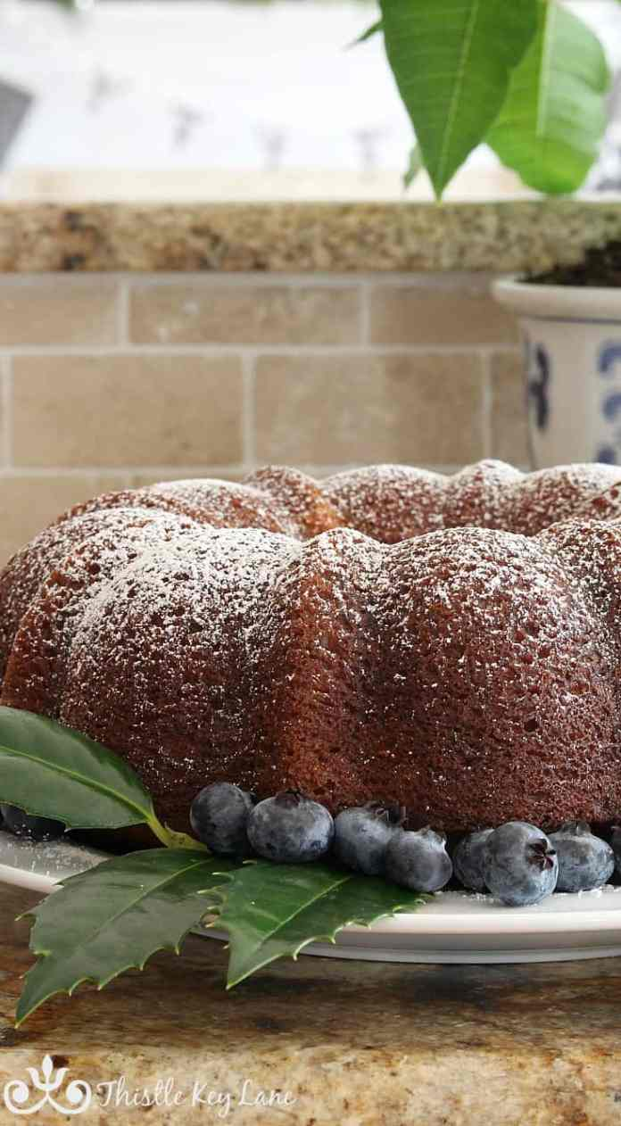 holly-blueberries-spiced-rum-cake