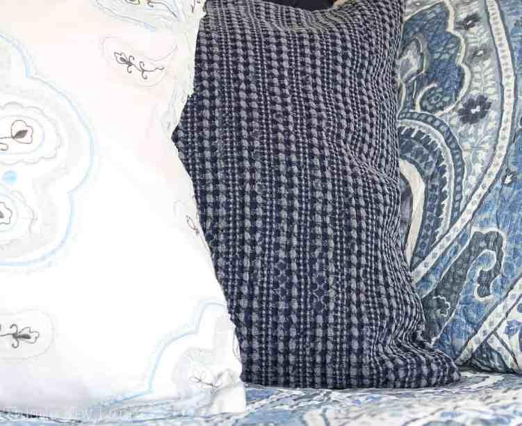 Mixing Pattern And Fabrics