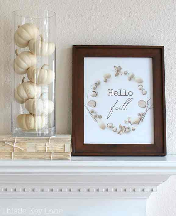 Simple fall mantel.