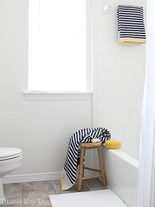 Simple accessories for the bathroom.
