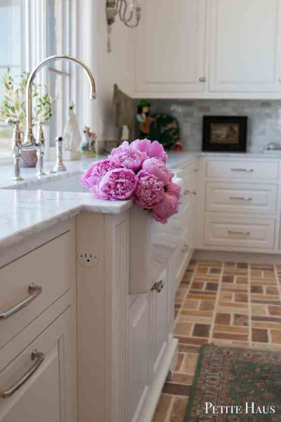 Everything you need to know about peony care from Petite Haus.
