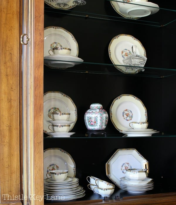 Organize your china cabinet for storage. #chinacabinet #chinastorage #howtostyleachinacabinet