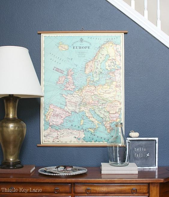 Map of Europe give the entryway a new look.