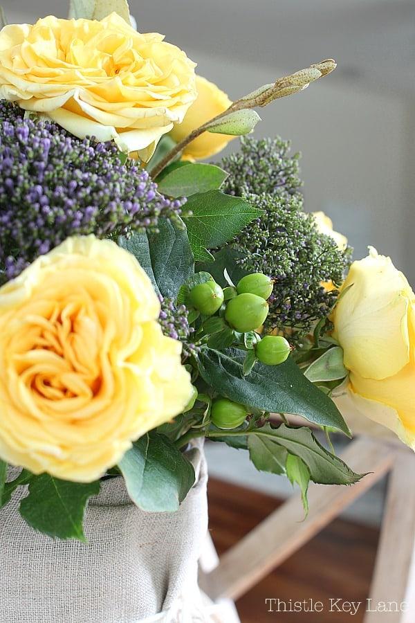 Yellow rose flower arrangement.