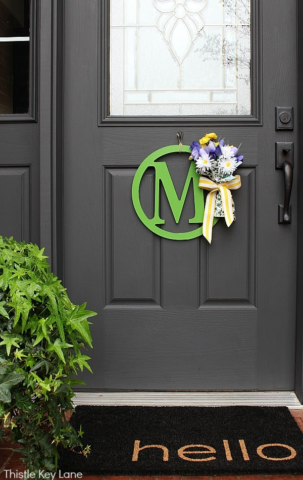 DIY Wreath With Garden Gloves and Flowers - garden gloves and flowers.