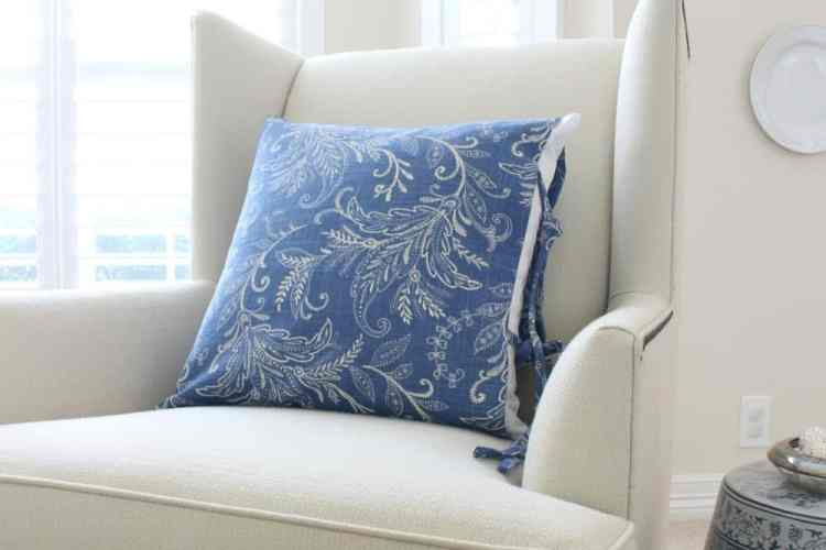 Ideas For Making Easy Pillow Covers With Ties