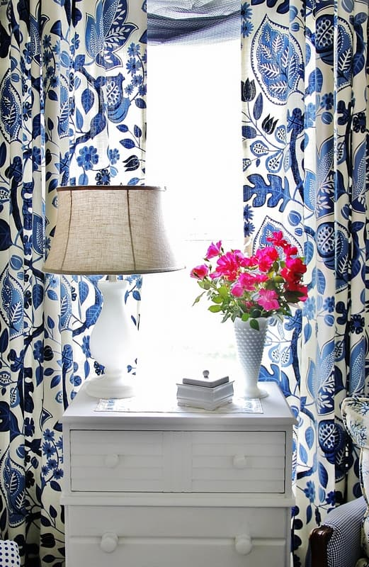 how-to-make-a-shutter-wall-curtains