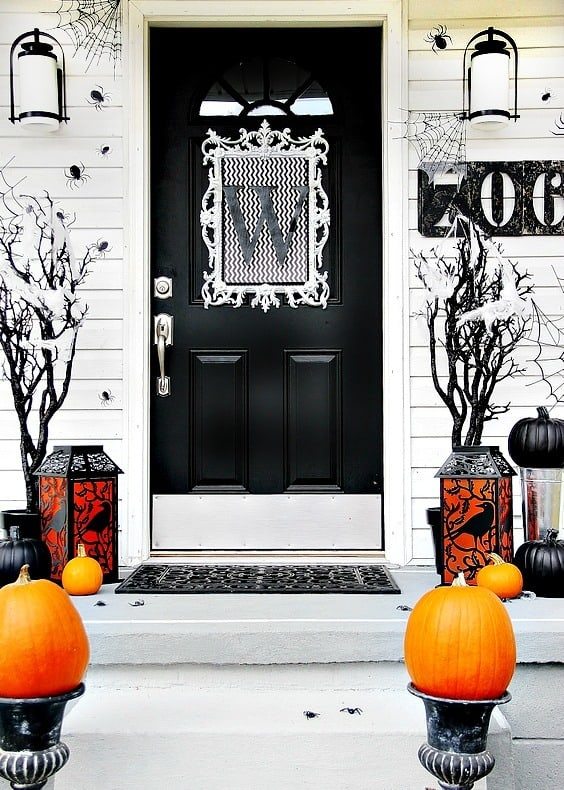 halloween-front-door