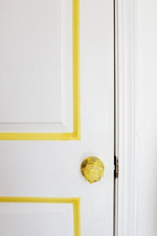 paint-a-faux-paneled-door