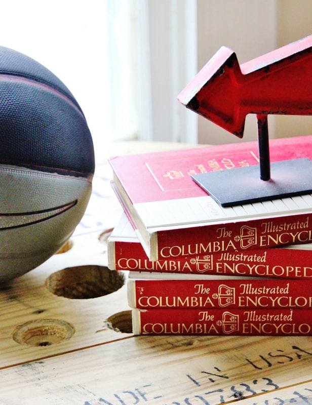1-books and bookend
