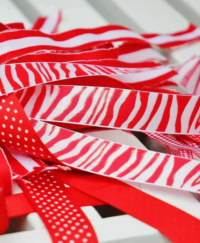 ribbon cut for burlap table runner