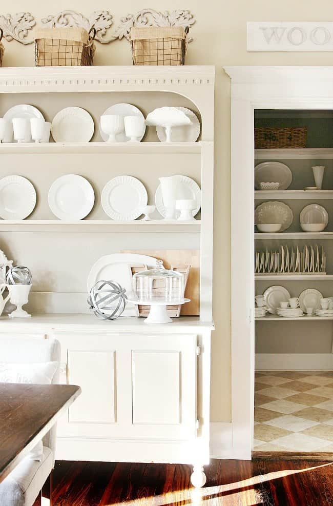 kitchen-and-butlers-pantry