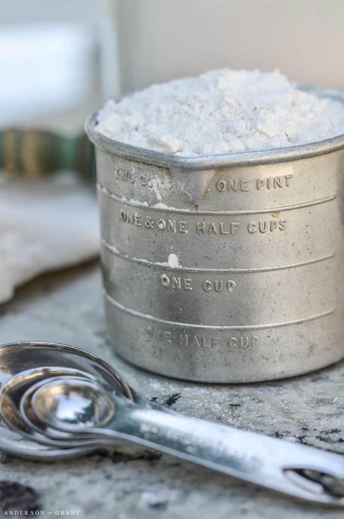 measuring-flour
