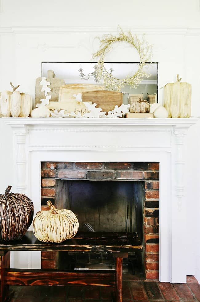 Vintage Farmhouse Living Room Decor
