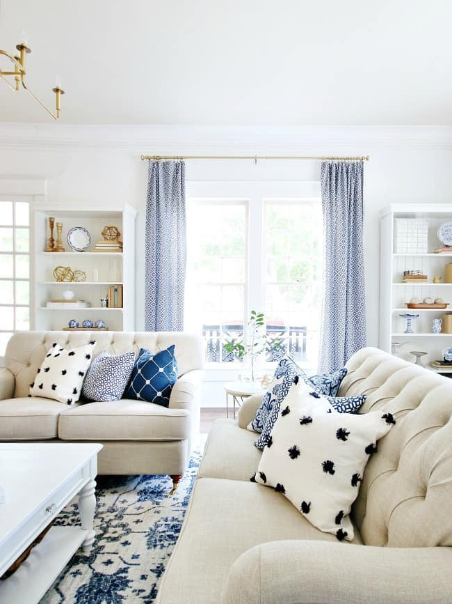 how decorate for spring pillows
