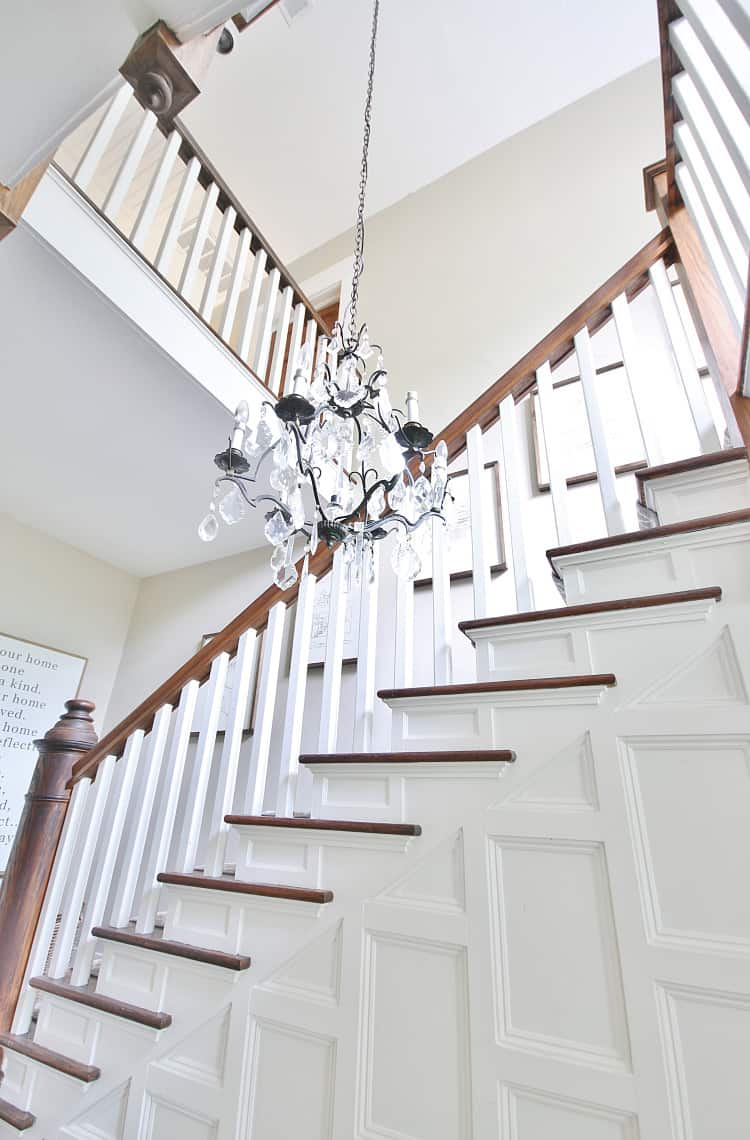 what is a stair rod staircase with vintage molding