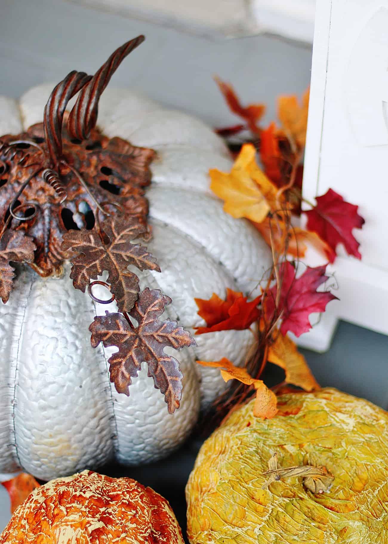 fall porch decorating ideas pumpkins