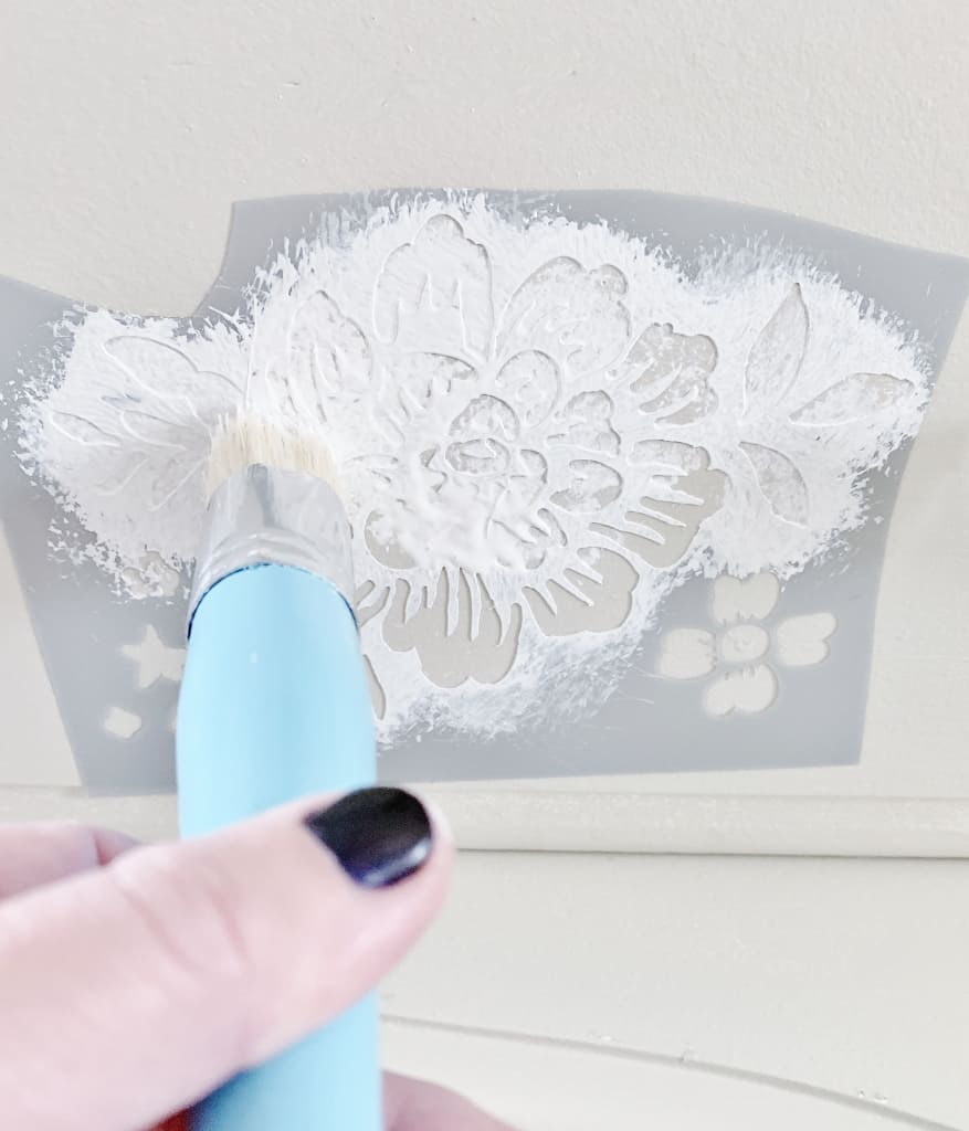 how to stencil wood stencil brush