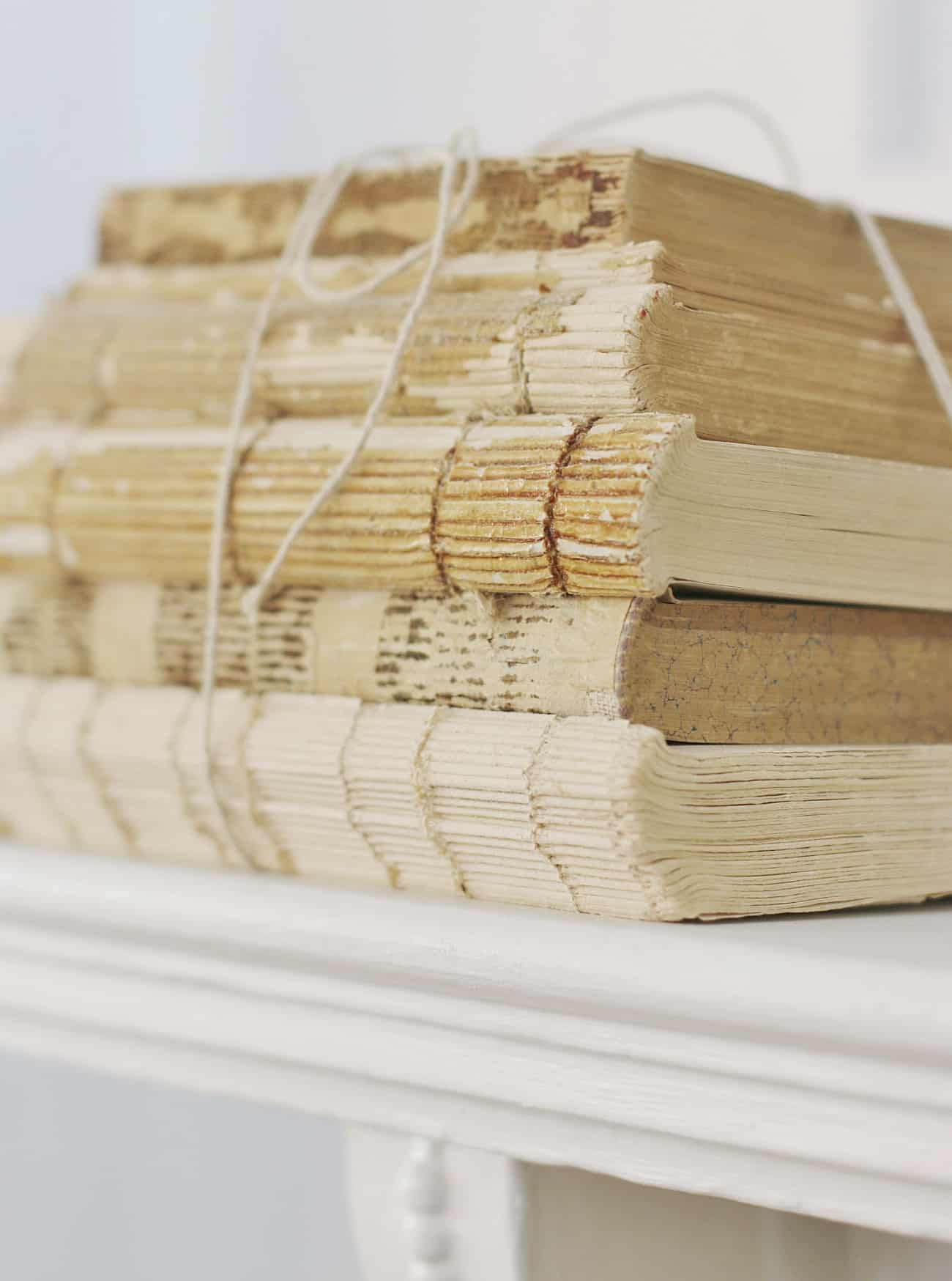 decorating with vintage finds books