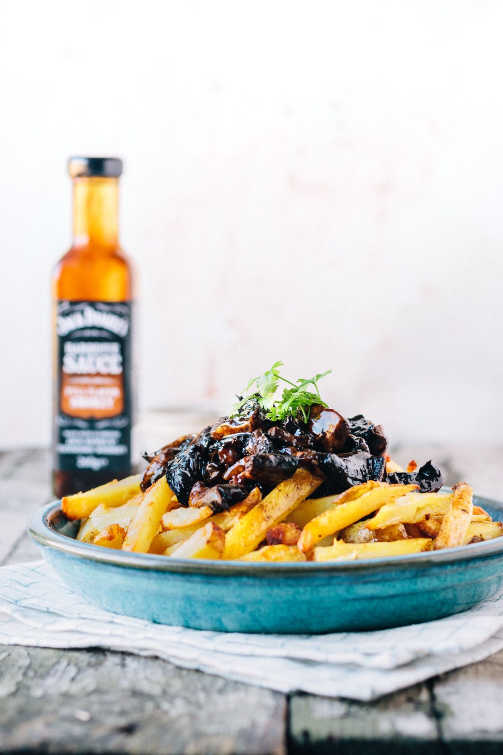 Vegan Baked Garlic Fries With Pulled BBQ Portobello Mushrooms ft Jack Daniels BBQ Sauces