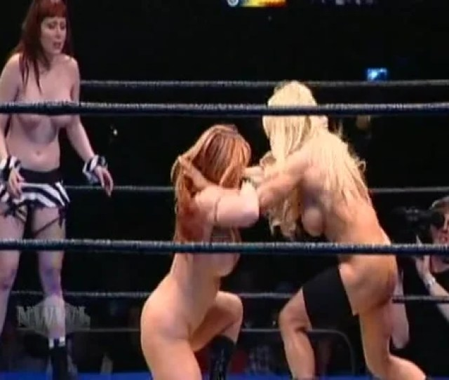 Naked Athletic Babes Put On A Wrestling Show