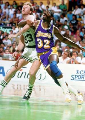 Boston GardenBoston, MALos Angeles Lakers vs. Boston Celtics Copyright NBAE 2002 (Photo by Andrew D. Bernstein/ NBAE/