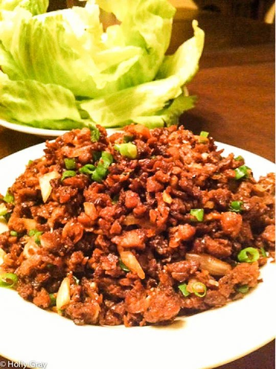 Asian Style Lettuce Wraps | a meatless version of the chain restaurant classic! | thiswifecooks.com