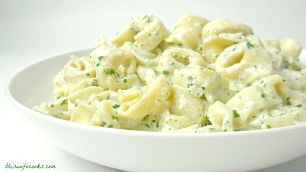 Skillet Tortellini with Creamy Pesto Sauce