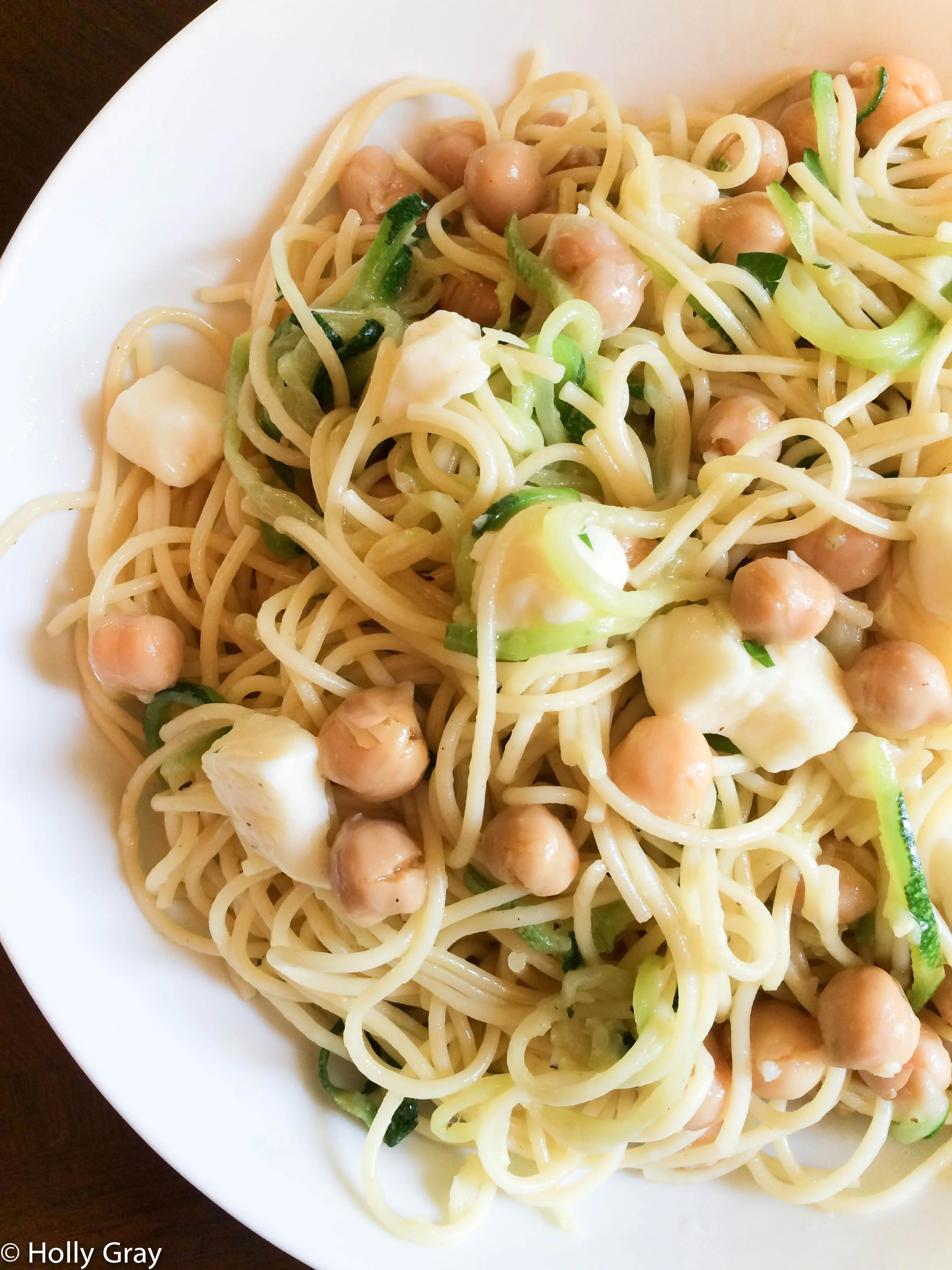 Zucchini Noodles and Spaghetti Pasta Olio with Chickpeas and Mozzarella