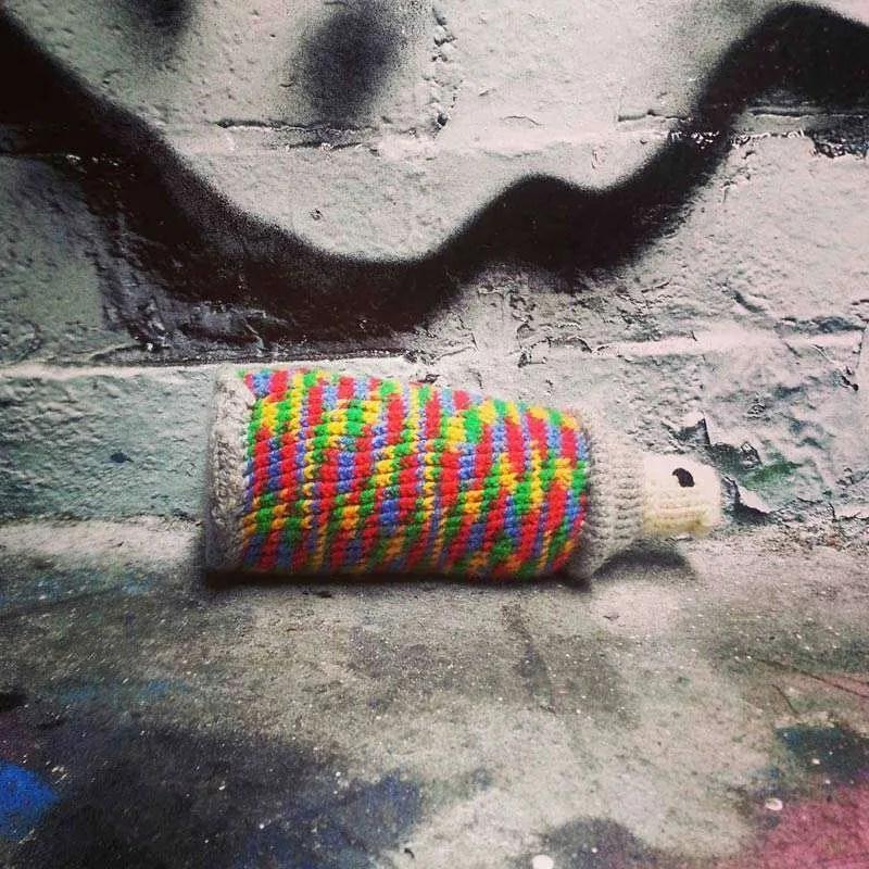 Sayraphim Lothian, Craffiti, Knitted Spraycan.