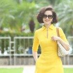 Kiều nữ váy vàng