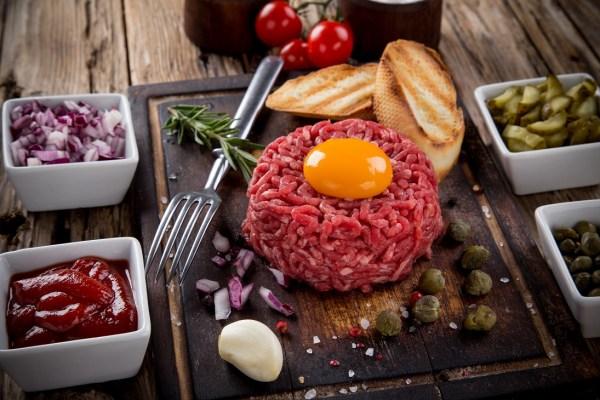 12 Ways The World Eats Raw Beef – Tho Loves Food