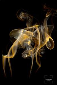 Balance des blancs créative sur la photo de fumée