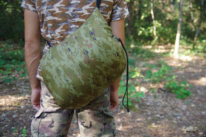 ghillie suit dans son sac de rangement