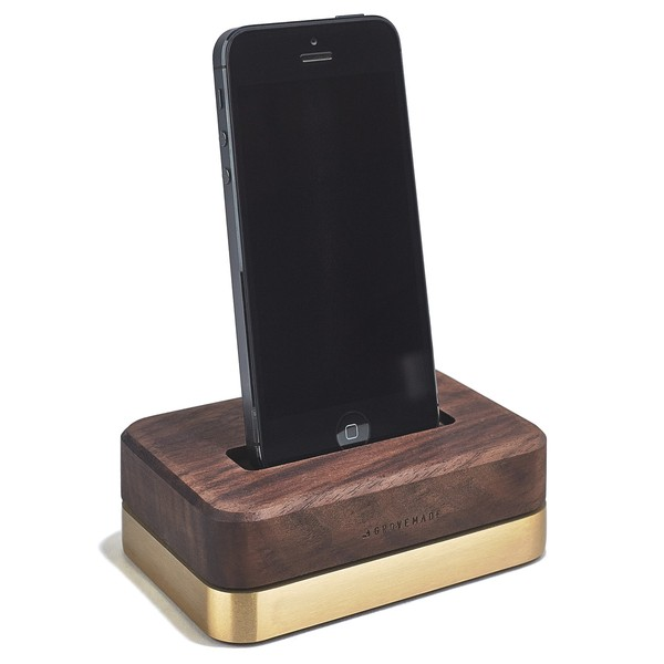 dock-brass-walnut-gal-C1_1_600x600_90