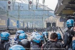 Ausschreitungen bei Demonstrationen gegen die Grenzkontrollen - 07.05.2016 (14 von 28)