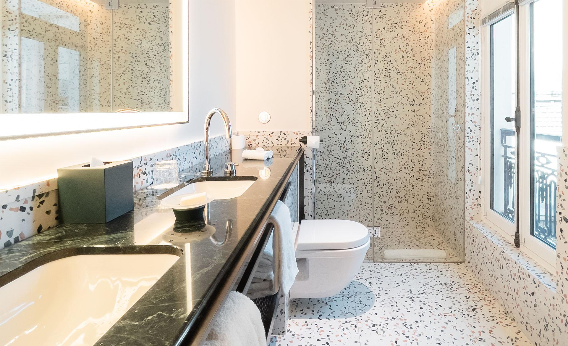 leballu_bathroom
