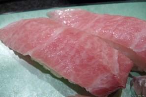 Sushizanmai: 中トロ (Thunfisch, mittlere Qualität/tuna medium quality)