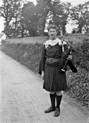 Thomas Ashe in Full Pipers Uniform