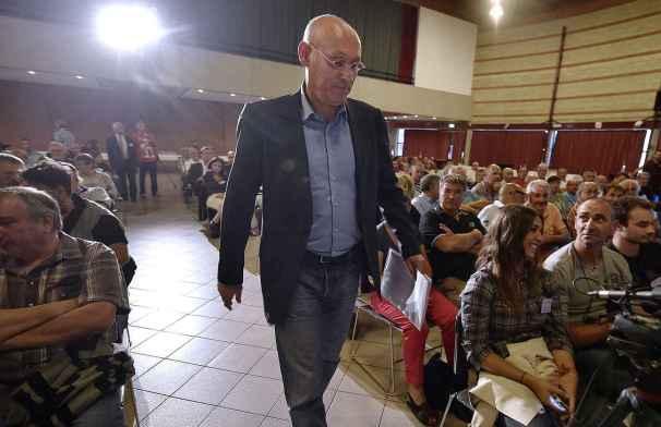 2015: Bernard Laporte lance sa campagne pour la présidence de la FFR et enchaine réunions et meetings. (Photo: P.Pavani)