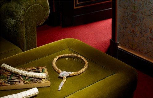 ROBERTO BADIN's decadent jewelry shoot for the September Issue of VOGUE TRAVEL