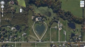 Le lac en forme de cœur (1.303921, -81,901693) Columbia Station, Ohio, États-Unis