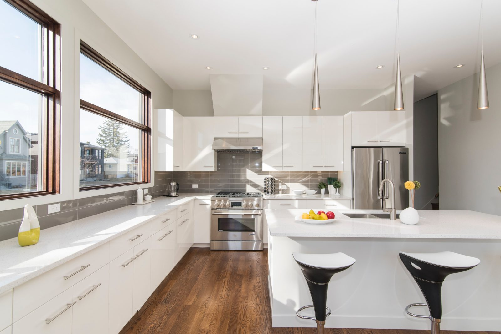 The Best Kitchen Appliances for Modern Kitchens | Thor Kitchen on Images Of Modern Kitchens  id=69136