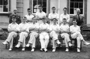 1953 circa Cricket