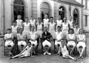 1945 Gym Team