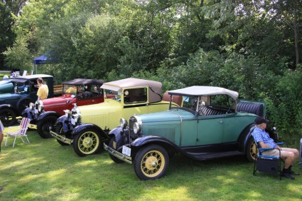 2019-Aug-11-Antique&ClassicCarShow-Whitchurch-Stouffville-Museum-ThornhillCruisersCarClub-53