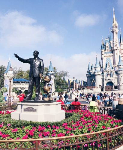 What should you bring to Walt Disney World? I'm sharing my do's and don'ts of packing for a Disney Vacation.