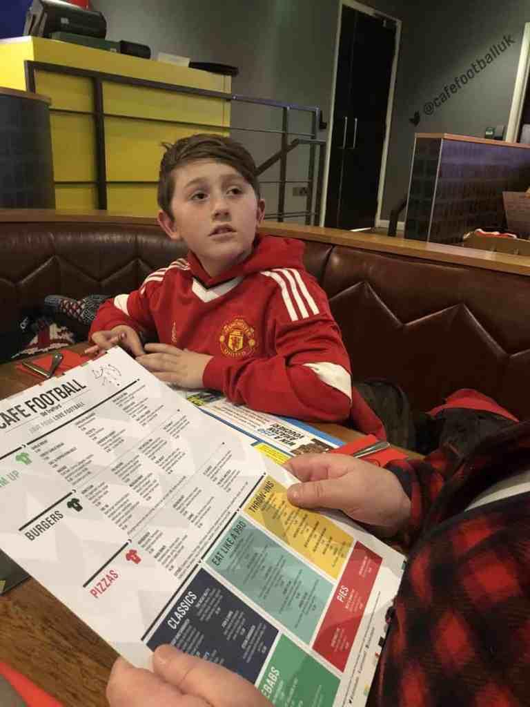 F at Cafe Football