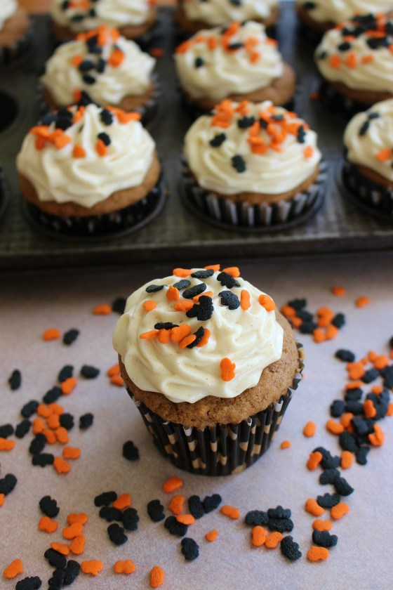 Pumpkin Cupcakes with Spiced Cream Cheese Frosting   Gluten Free   Thoroughly Nourished Life