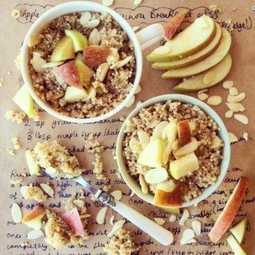 apple-almond-quinoa-porridge-recipe-healthy-alternat